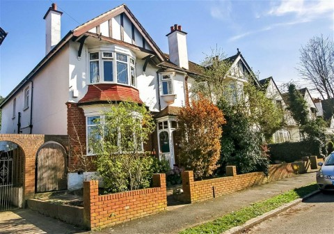 Penwortham Road, Sanderstead, South Croydon, Surrey - EAID:SHINEROCKSPAPI, BID:1