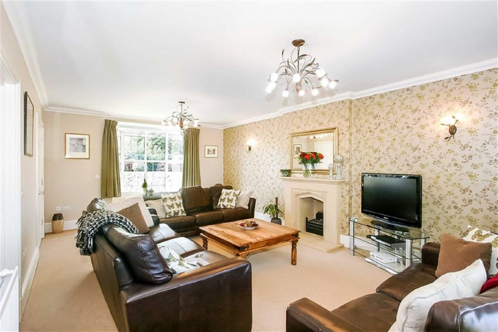 Images for Sovereign Close, Purley, Surrey EAID:SHINEROCKSPAPI BID:1