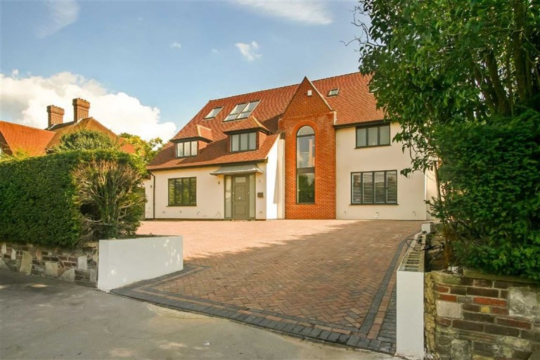 Grimwade Avenue, Whitgift Foundation, Croydon, Surrey - EAID:SHINEROCKSPAPI, BID:1