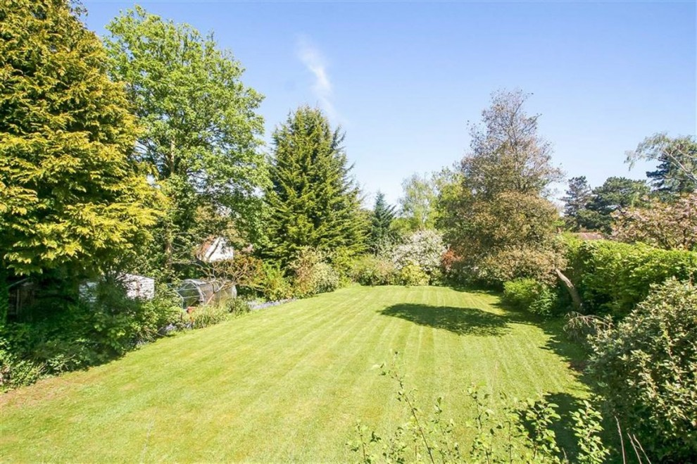 Images for Furze Lane, Webb Estate, Purley, Surrey EAID:SHINEROCKSPAPI BID:1
