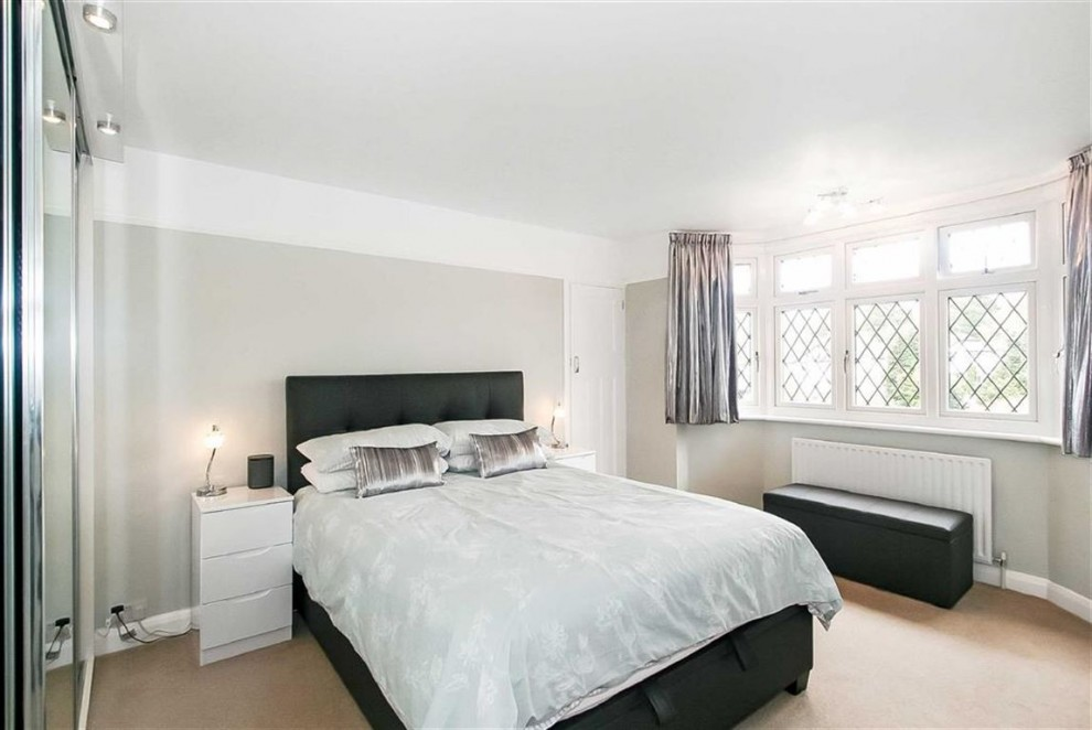Images for Chaldon Way, Coulsdon, Surrey EAID:SHINEROCKSPAPI BID:1