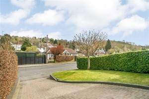 Images for Chaldon Way, Coulsdon, Surrey