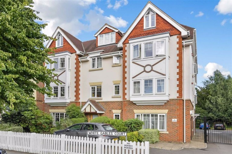 White Gables Court, South Croydon, Surrey - EAID:SHINEROCKSPAPI, BID:1