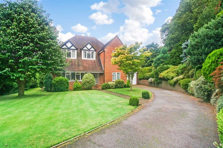 High Beech, Croham Hurst, South Croydon, Surrey - EAID:SHINEROCKSPAPI, BID:1