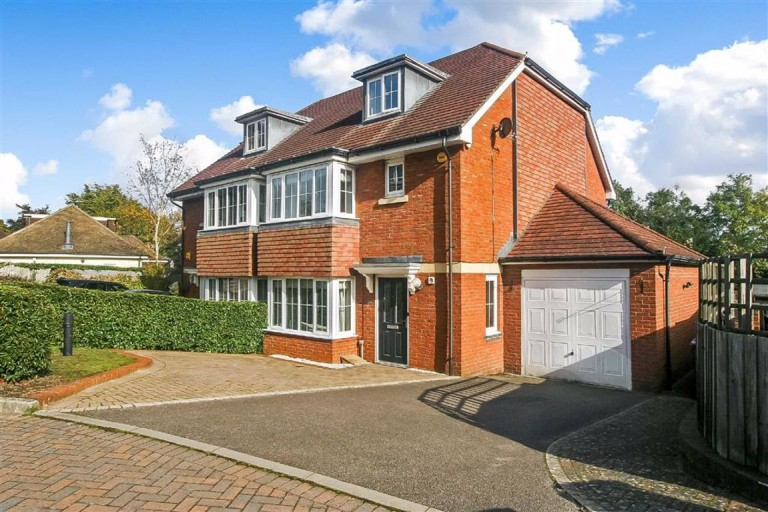 Woodfield Close, Coulsdon, Surrey - EAID:SHINEROCKSPAPI, BID:1