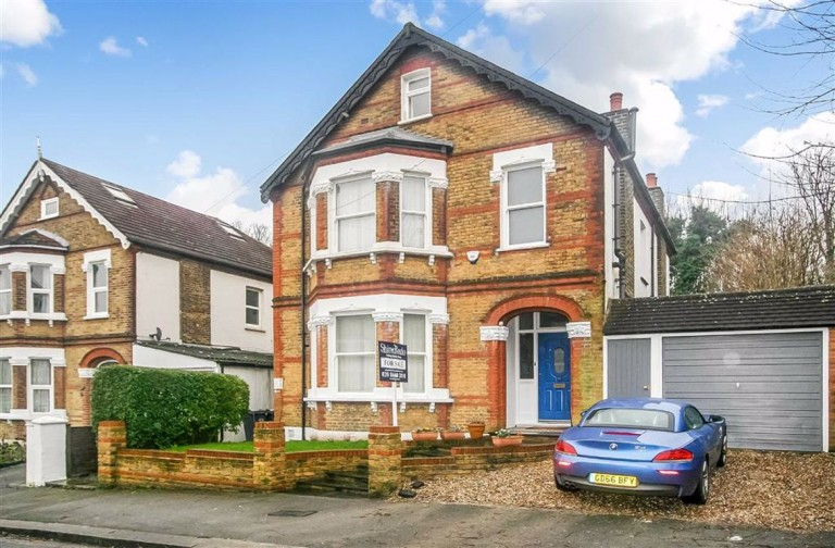 Dornton Road, South Croydon, Surrey - EAID:SHINEROCKSPAPI, BID:1