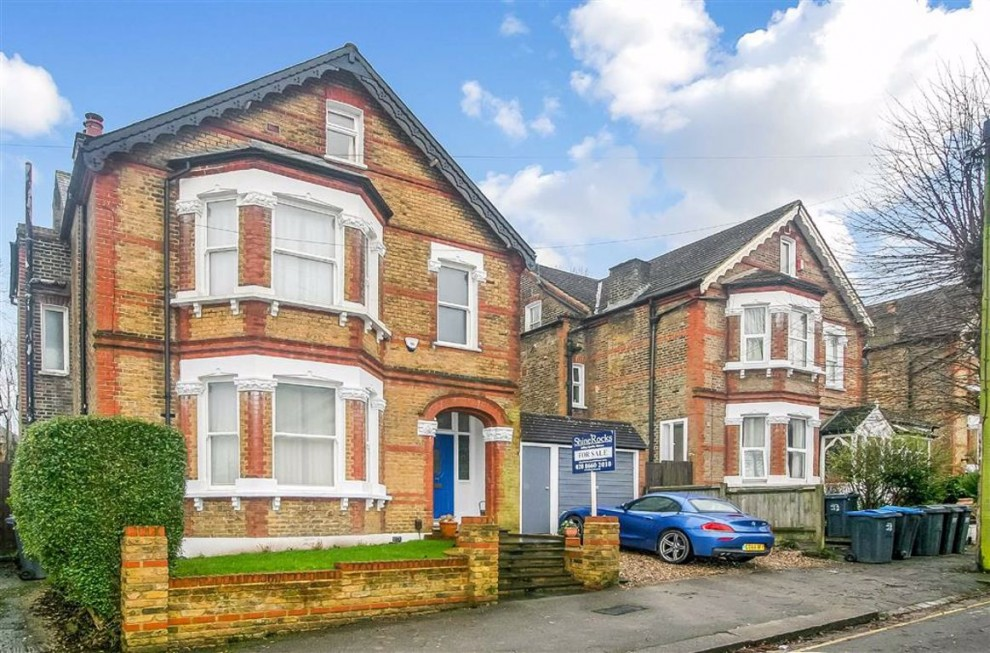 Images for Dornton Road, South Croydon, Surrey EAID:SHINEROCKSPAPI BID:1