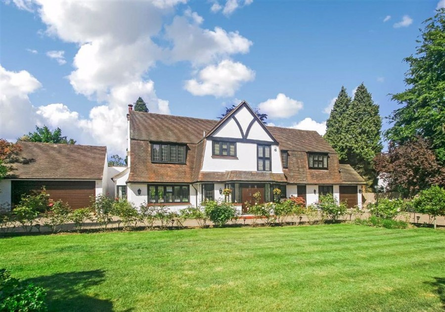 Images for Verulam Avenue, Woodcote Estate, Purley, Surrey EAID:SHINEROCKSPAPI BID:1