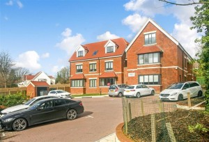 Images for Foxley Lane, West Purley