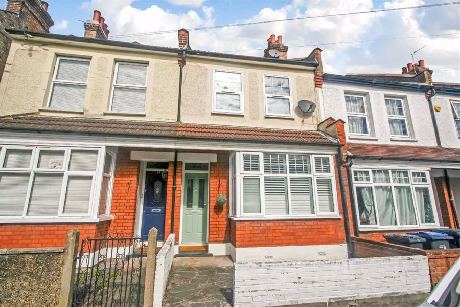 Images for Sunnydene Road, Purley EAID:SHINEROCKSPAPI BID:1
